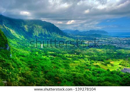Interior mountains and landscape of Oahu Island, Hawaii - stock photo