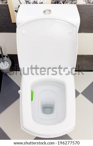water closet en francais 2