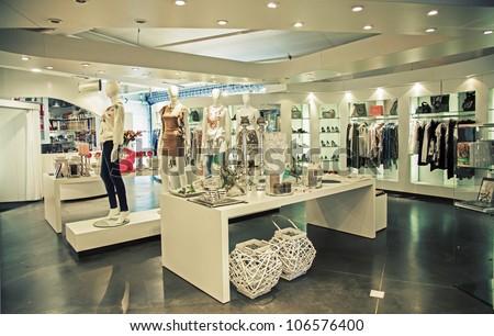 Clothing store design free interior design photos interior