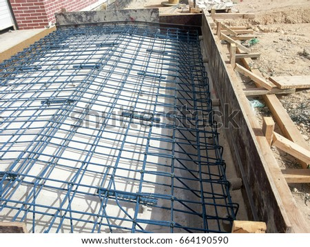 Roof reinforcement inclined reinforced concrete roof for Isolation construction