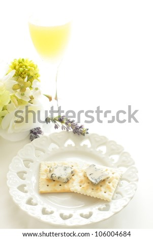 italian blue cheese, Gorgonzola on biscuit