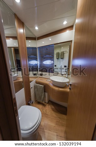 Italy, Naples, RIZZARDI 62HT luxury yacht, Vips bathroom
