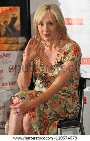"J.K. Rowling at a press conference to promote her ""Open Book Tour"". Kodak Theatre, Hollywood, CA. 10-15-07 - stock photo"