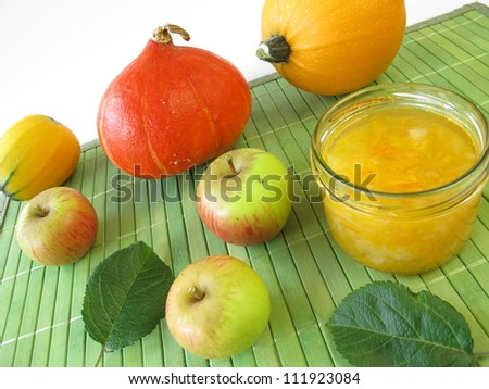 Jam with squash and apple