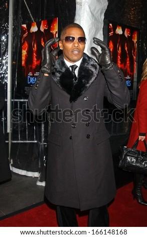 Jamie Foxx at DREAMGIRLS New York Premiere, Ziegfeld Theatre, New York, NY, December 04, 2006 - stock photo