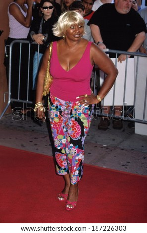 "Janice Combs, Sean ""Puffy"" Combs' mother, at the premiere of MADE, NYC, 7/10/01"