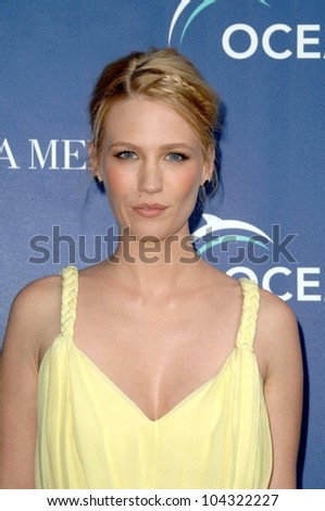 January Jones  at the La Mer and Oceana World Oceans Day Gala. Private Residence, Los Angeles, CA. 06-08-09