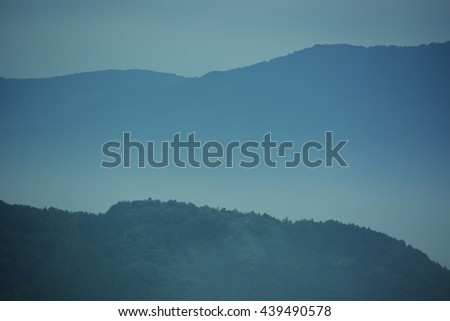 Japanese scenery/Moutain range of the moning fog
