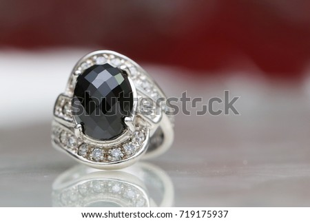 jasper black gemstone on diamond ring