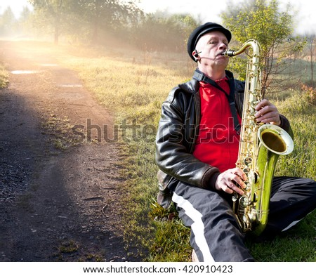 Jazz on the road. nature. Sunrise.