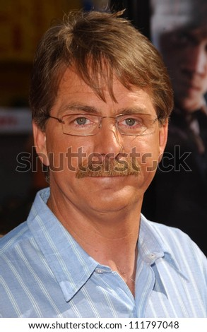 """Jeff Foxworthy at the premiere of """"Harry Potter and The Order of The Phoenix"""". Grauman's Chinese Theatre, Hollywood, CA. 07-08-07 - stock photo"""