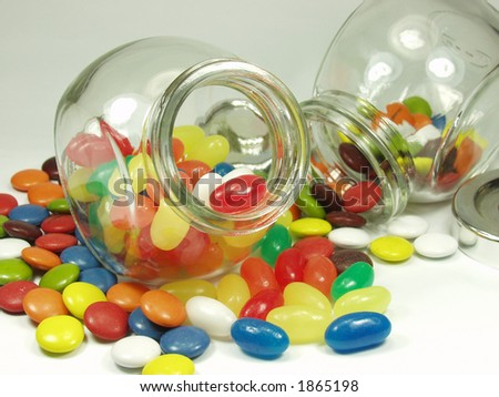 jelly beans and cristal pot