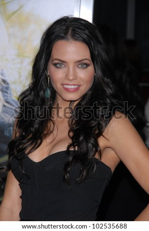"Jenna Dewan  at the ""Dear John"" World Premiere, Chinese Theater, Hollywood, CA. 02-01-10"