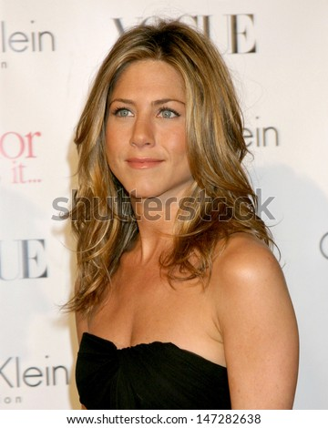 "Jennifer Aniston ""Rumor Has It"" Premiere Grauman's Chinese Theater Los Angeles, CA December 15, 2005 - stock photo"