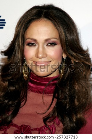 Jennifer Lopez at the Los Angeles Free Clinic Annual Dinner Gala Honoring Paramount Pictures held at the Beverly Hilton Hotel in Beverly Hills on November 20 2006.