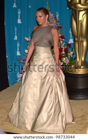 JENNIFER LOPEZ at the 73rd Annual Academy Awards in Los Angeles. 25MAR2001.   Paul Smith/Featureflash - stock photo