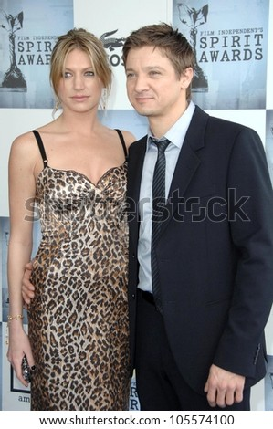 Jeremy Renner at the 2009 Film Independent's Spirit Awards. Santa Monica Pier, Santa Monica, CA. 02-21-09