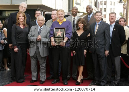 Jerry Buss with Family and friends at the Ceremony Honoring Los Angeles Lakers Owner Jerry Buss with the 2,323rd star on the Hollywood Walk of Fame. Hollywood Boulevard, Hollywood, CA. 10-30-06 - stock photo