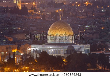 Jerusalem - Outlook from Mount of Olives to Dome of Rock at dusk.