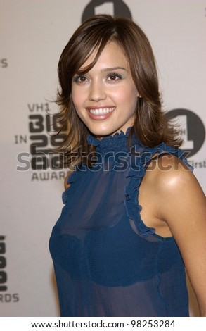 JESSICA ALBA at the VH-1 Big in 2002 Awards in Los Angeles. 04DEC2002   Paul Smith / Featureflash - stock photo