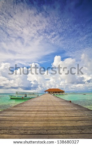 Jetty Maldives 03