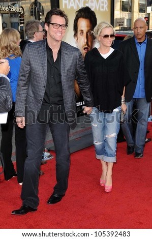 Jim Carrey and Jenny McCarthy at the Los Angeles Premiere of 'The Hangover'. Grauman's Chinese Theatre, Hollywood, CA. 06-02-09