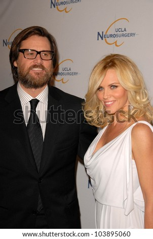 Jim Carrey and Jenny McCarthy  at UCLA's 2009 Visionary Ball. Beverly Wilshire Four Seasons Hotel, Beverly Hills, CA. 10-01-09