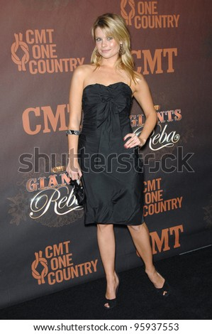 JOANNA GARCIA at the first CMT Giants concert honoring country star Reba McEntire, at the Kodak Theatre, Hollywood. October 26, 2006  Los Angeles, CA Picture: Paul Smith / Featureflash