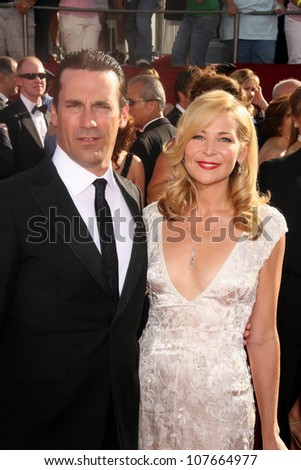 Jon Hamm and Jennifer Westfeldt  at the 60th Annual Primetime Emmy Awards Red Carpet. Nokia Theater, Los Angeles, CA. 09-21-08