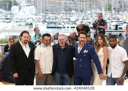 Jonathan Jakubowicz, Roberto Duran, Robert De Niro, Edgar Ramirez, Ana de Armas, Usher  at the photocall for Hands Of Stone at the 69th Festival de Cannes.