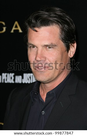 Josh Brolin at a Bvlgari Private Event Honoring Simon Fuller And Paul Haggis To Benefit Save The Children And Artists For Peace And Justice, Private Location, Beverly Hills, CA. 01-13-11