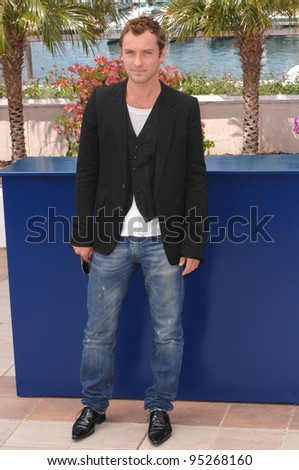 "Jude Law at the photocall for his new movie ""My Blueberry Nights"" at the 60th Annual International Film Festival de Cannes. May 16, 2007  Cannes, France.  2007 Paul Smith / Featureflash - stock photo"