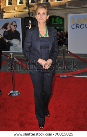 """Julia Roberts at the world premiere of her new movie """"Larry Crowne"""" at Grauman's Chinese Theatre, Hollywood. June 27, 2011  Los Angeles, CA Picture: Paul Smith / Featureflash - stock photo"""