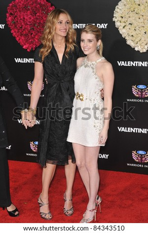 """Julia Roberts (left) & Emma Roberts at the world premiere of their new movie """"Valentine's Day"""" at Grauman's Chinese Theatre, Hollywood. February 8, 2010  Los Angeles, CA By: Paul Smith / Featureflash - stock photo"""