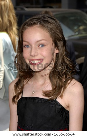 Julia Winter at CHARLIE AND THE CHOCOLATE FACTORY Premiere, Grauman's Chinese Theatre, Los Angeles, CA, July 10, 2005