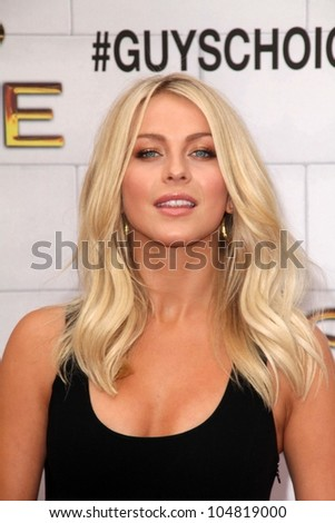 "Julianne Hough at Spike TV's 2012 ""Guys Choice"" Awards, Sony Studios, Culver City, CA 06-02-12"