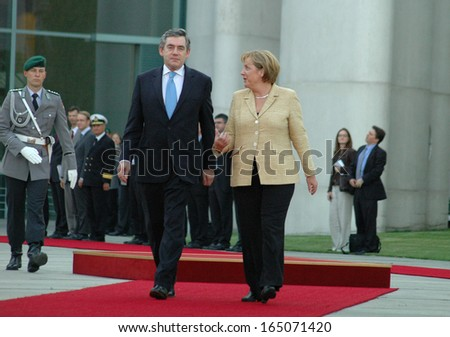 JULY 16, 2007 - BERLIN: British Prime Minister Gordon Brown, Chancellor Angela Merkel at a reception with military honours in the Chanclery in Berlin.