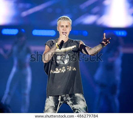 Justin Bieber performs in Pittsburgh Wednesday,  July 13 2016during the 'Purpose' world tour at Consol Energy Center.