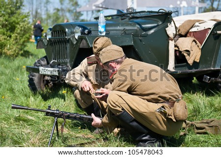 KALININGRAD, RUSSIA  - MAY 09: Reconstruction of the Great War (Russian-Germany) battle, reconstruction of combat between Soviet and German armies, May 09, 2012 in Kaliningrad, Russia.