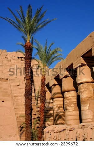 karnak temple in luxur