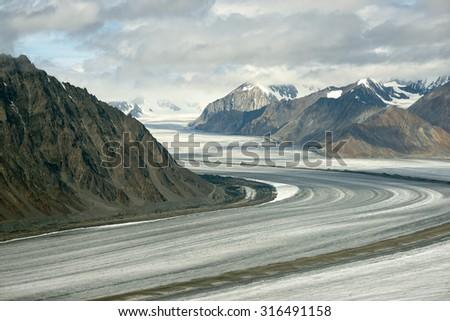 Kaskawulsh Glacier and Mountains, Kluane National Park, Yukon 01 - stock photo
