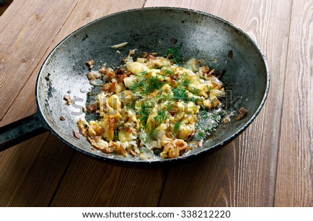 KasNocken - Austrian Spaetzle with cheese and caramelized onion.