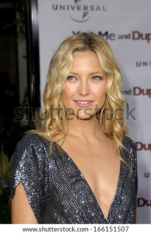Kate Hudson at Universal Pictures Premiere of YOU, ME AND DUPREE, The ArcLight Hollywood Cinerama Dome, Los Angeles, CA, July 10, 2006