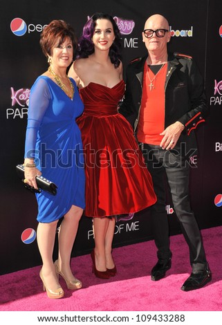 """Katy Perry & parents at the Los Angeles premiere of her new movie """"Katy Perry: Part of Me"""" at Grauman's Chinese Theatre, Hollywood. June 27, 2012  Los Angeles, CA Picture: Paul Smith / Featureflash - stock photo"""
