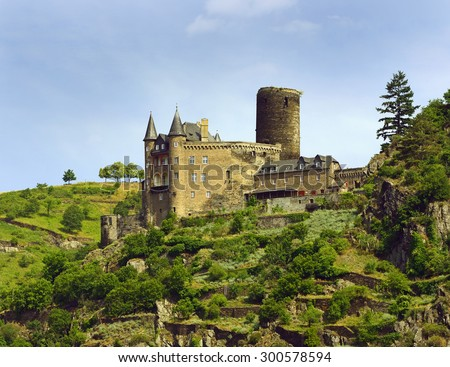 Katz Castle (German: Burg Katz) is a castle above the German town of St. Goarshausen in Rhineland-Palatinate. Rhine Valley is UNESCO World Heritage Site - stock photo
