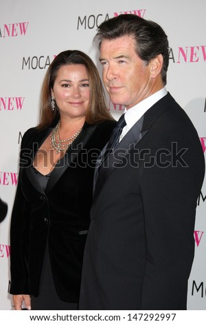 Keely Shaye Smith & Pierce Brosnan arriving at the Museum of Contemporary Art, Los Angeles 30th Anniversary Gala MOCA Grand Avenue Los Angeles,  CA November 14, 2009