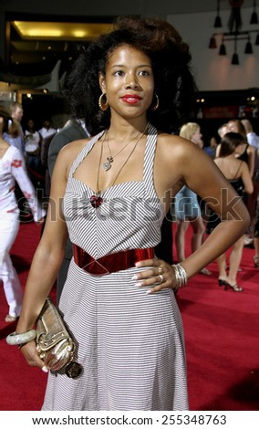 "Kelis attends the ""Just Like Heaven"" Los Angeles Premiere held at the Grauman's Chinese Theatre in Hollywood, California on September 8, 2005."