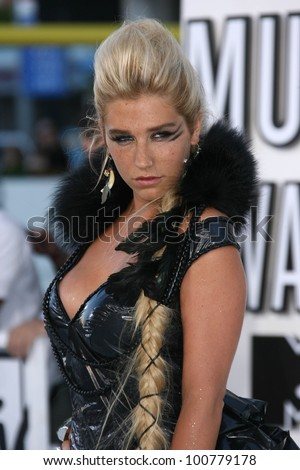 Kesha at the 2010 MTV Video Music Awards, Nokia Theatre L.A. LIVE, Los Angeles, CA. 08-12-10