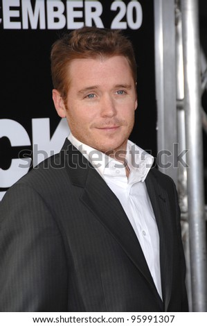 "KEVIN CONNOLLY - star of ""Entourage"" - at the world premiere of ""Rocky Balboa"" at the Grauman's Chinese Theatre, Hollywood. December 13, 2006  Los Angeles, CA Picture: Paul Smith / Featureflash"
