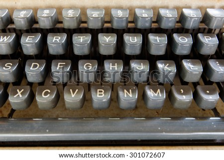 keyboard typewriter